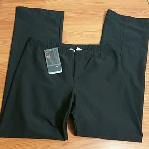 NIKE Large 12-14 New Black Athletic Semi-fitted